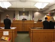 Hülye válasz nincs, csak nem túl értelmes kérdés - Bírósági párbeszédek
