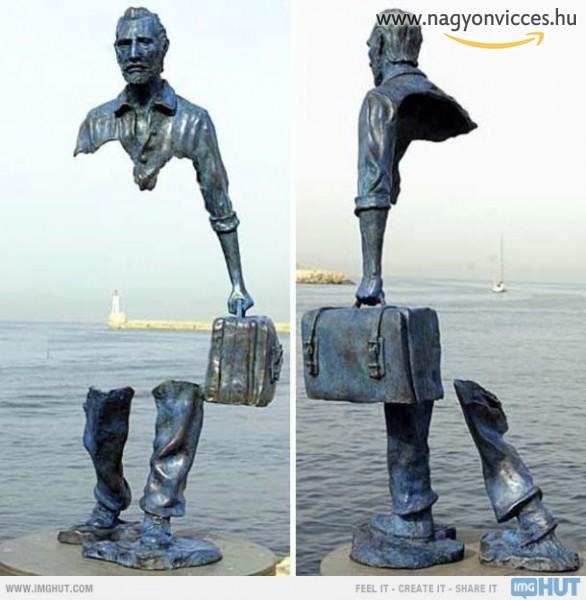 Ez egy ilyen szobor. Nem átlátszó