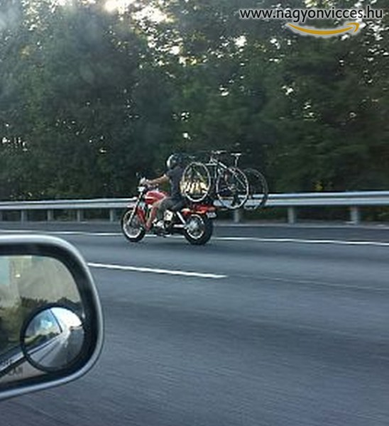 Bicikliszállítás motorral