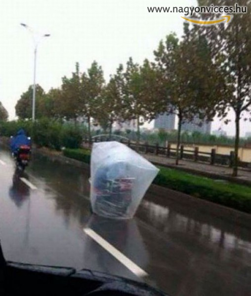 Esőálló motorozás