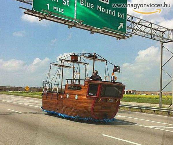 Hajóval az aszfalton