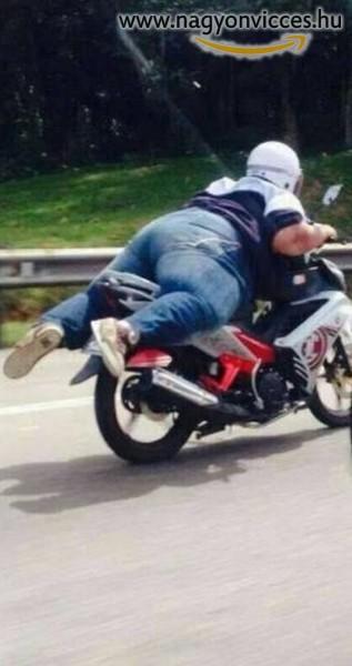 Így is lehet motorozni