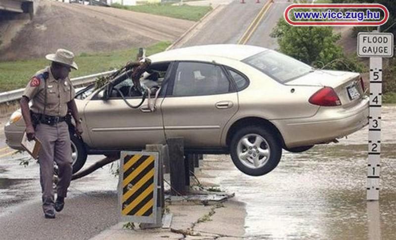 Különös parkolás