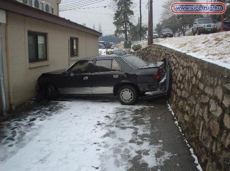 Szűkös parkolás