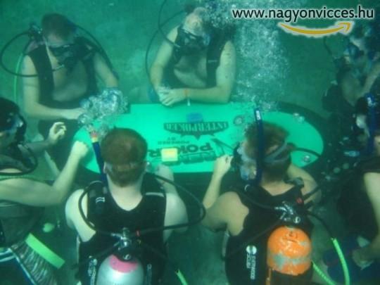 Víz alatti póker