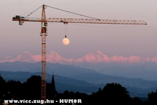 Igy készült a hold