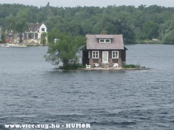 Lakóház a vizen