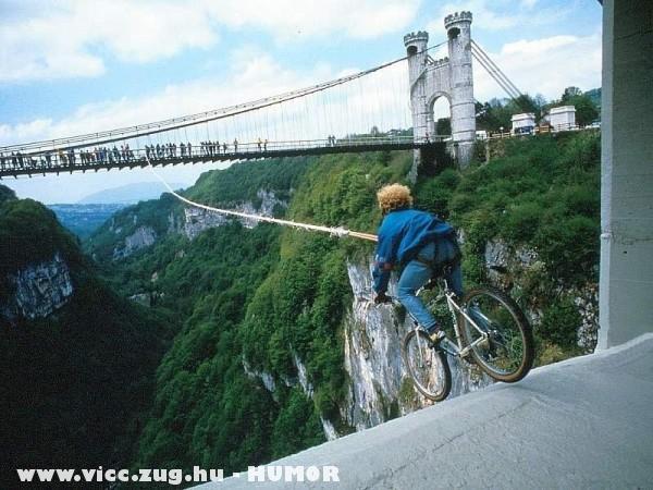 bungee jumping biciklivel