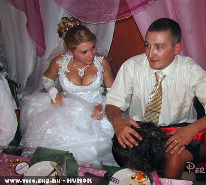 Ez a jó házaság alapja a csaj mindent elnéz!!