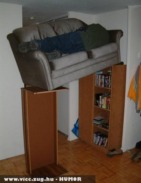 Talált egy nyugis helyet a lakásban