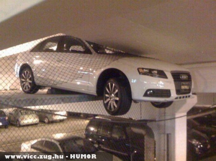 Megtalálta a parkolót