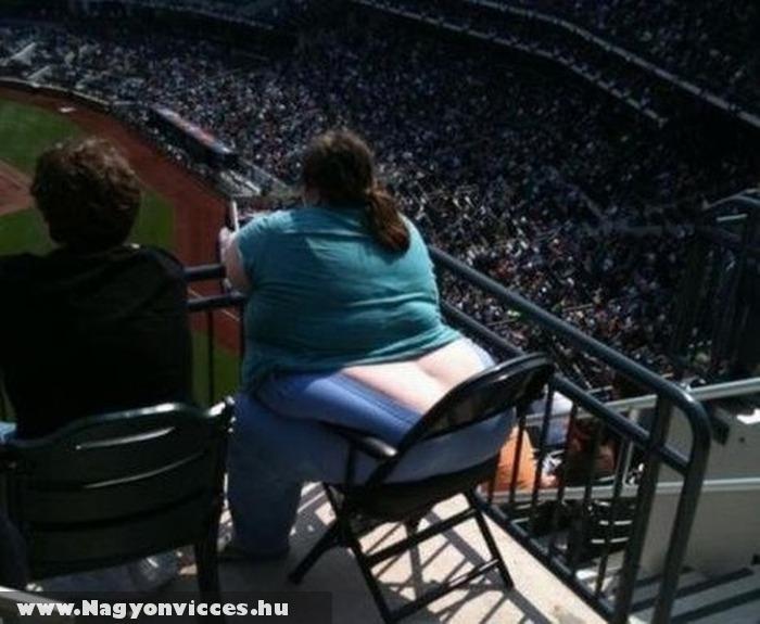 Kellene még egy szék