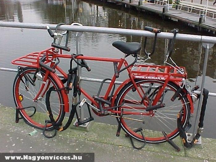Lezárta a biciklit