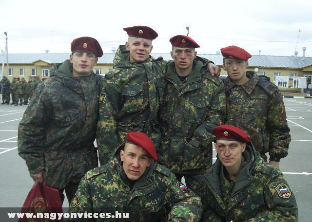 Viharvert katonák