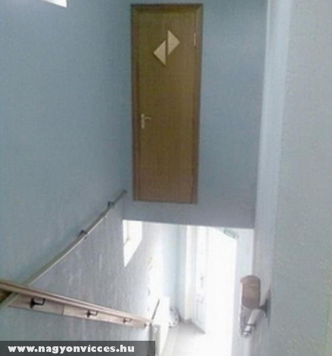 Hasznos ajtó falmászóknak