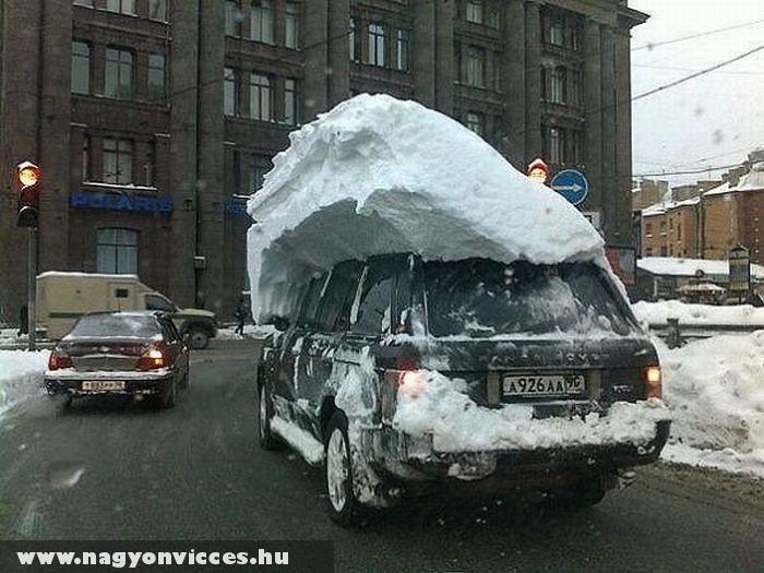 Az éjszaka esett egy kis hó