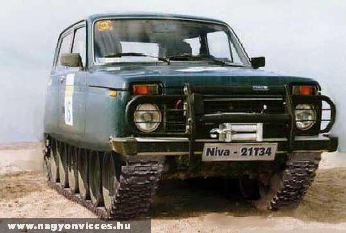 Lada Niva tank