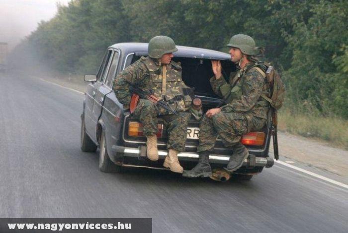 Katonai személyszállító
