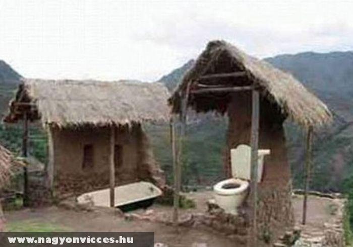 Angol wc a szabadban