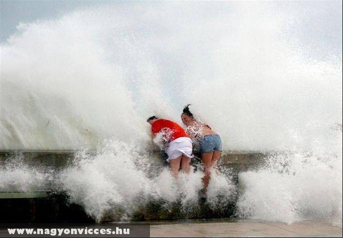 Közel a hullámhoz