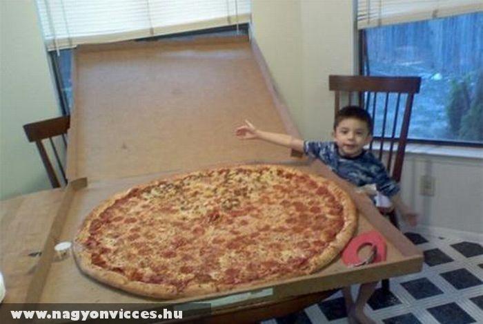 Méretes pizza