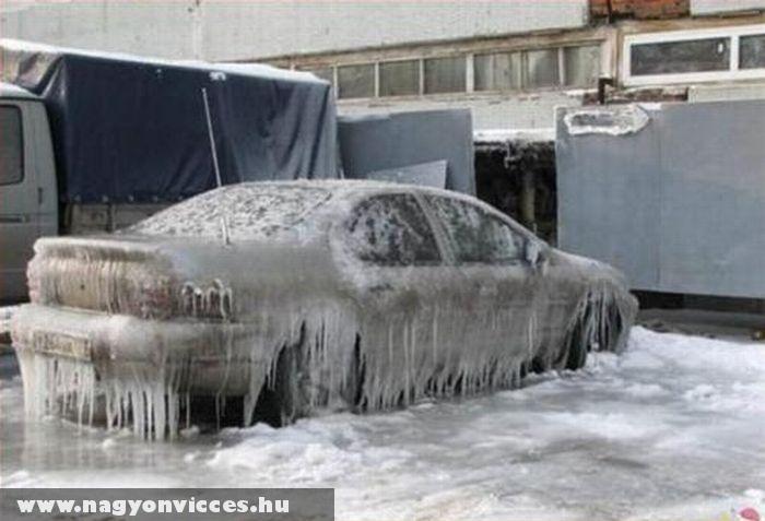 Lefagyott autó