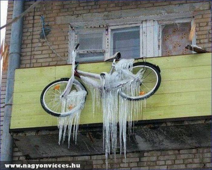 Megfagyott bicikli