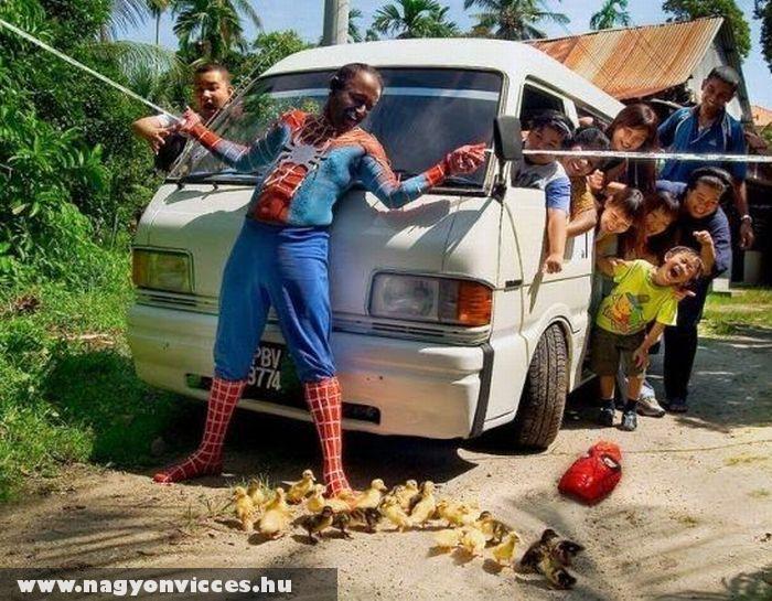 Pókember akció közben