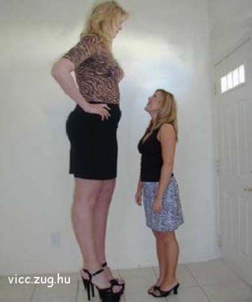 Lányok egymás között