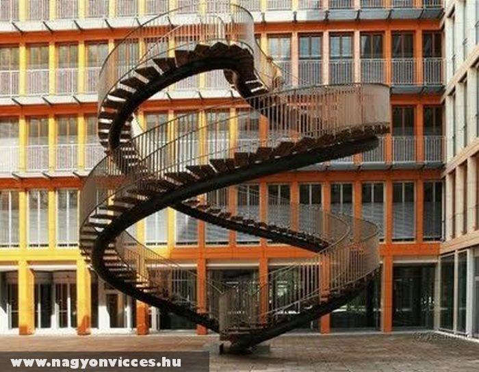 Lépcsõ a semmibe