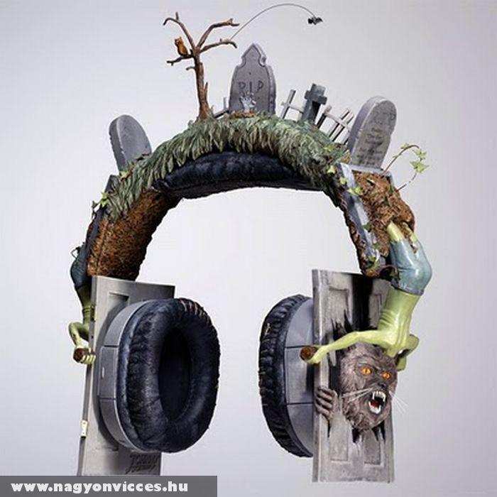 Horrorisztikus fejhallgató