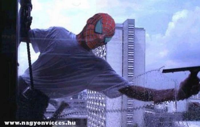 Pókember másodállásban