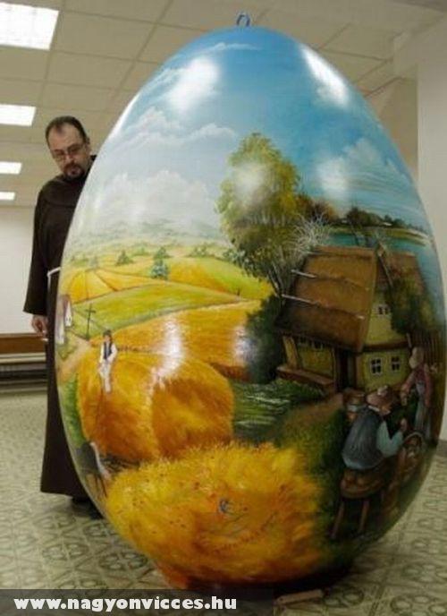 Hatalamas hímes tojás