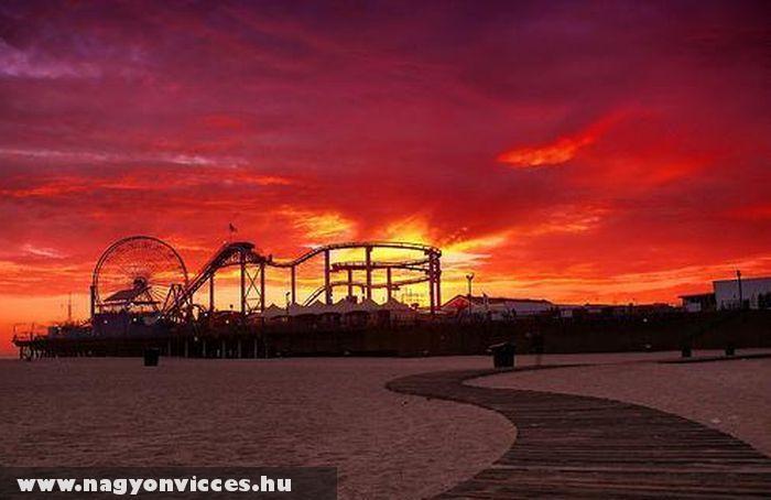 Vidámpark naplementében