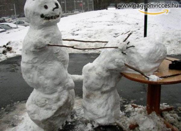 Kámaszutra mániás hóember