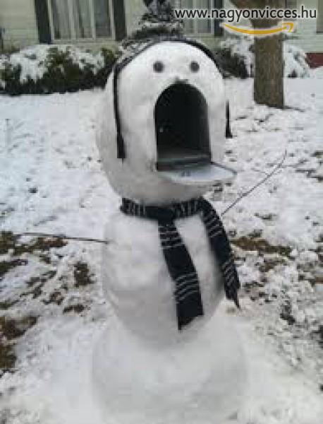 Póstaláda arcú hóember