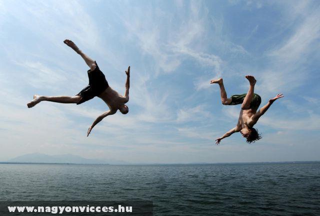 Vakációóóó - fejes a tengerbe