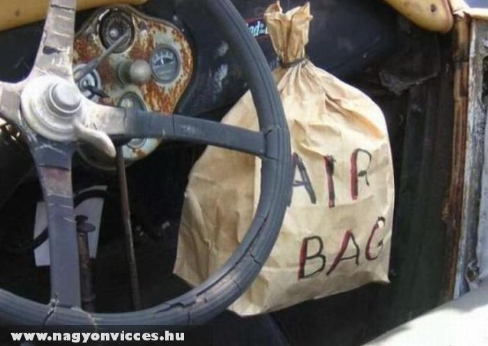 Autó légzsákkal