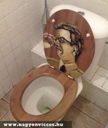 Poénos WC tetõ