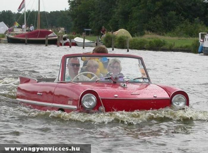 Különös csónak