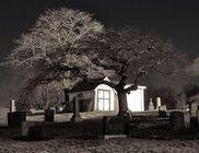 Félelmetes kaland a temetőben